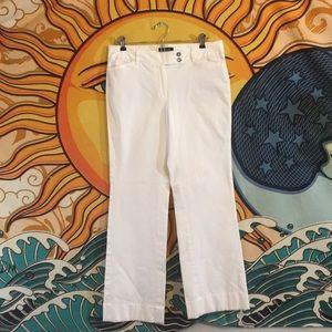 White House Black Market white jeans 6R